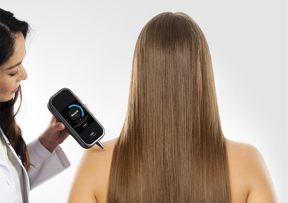 DermaSensor device launched commercially as the world's first point-and-click skin cancer detection tool for primary care providers