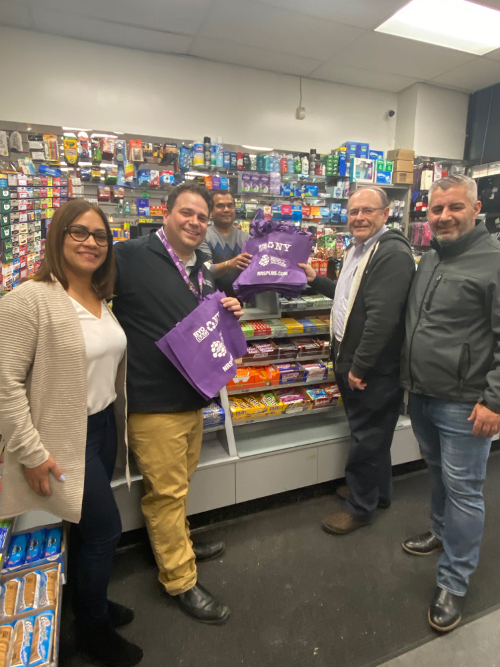 National Retail Solutions Gives Out Reusable Bags to NY Bodegas in Preparation for The New Bag Law