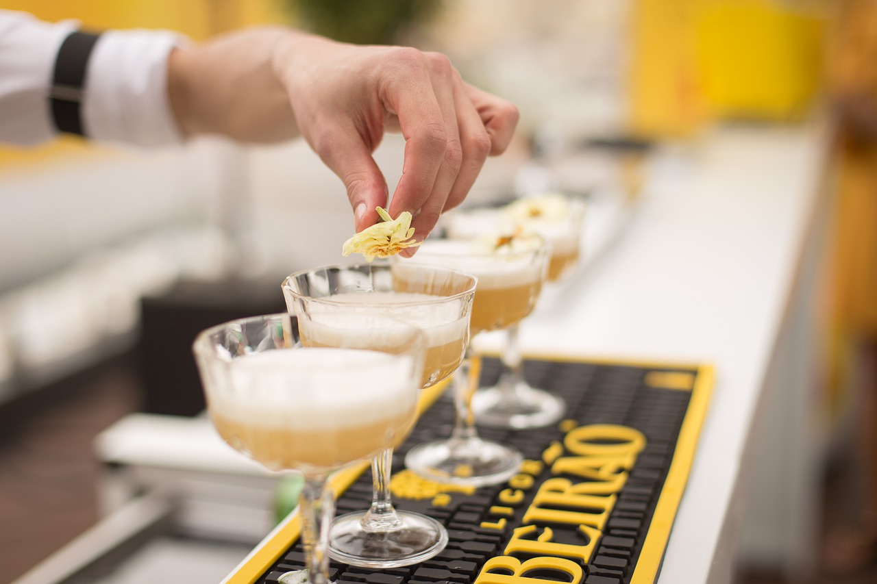 MiXmaster4u.in announces bartending service for hire in Delhi NCR