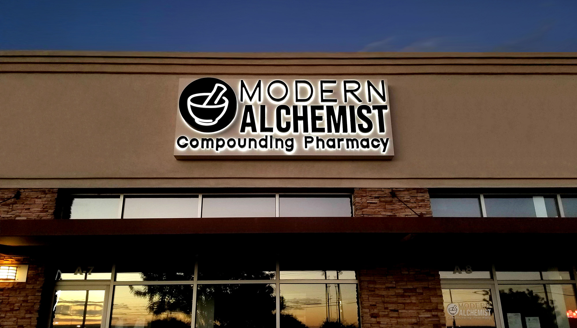 Modern Alchemist opens its first state-of-the-art Compounding Pharmacy in Albuquerque