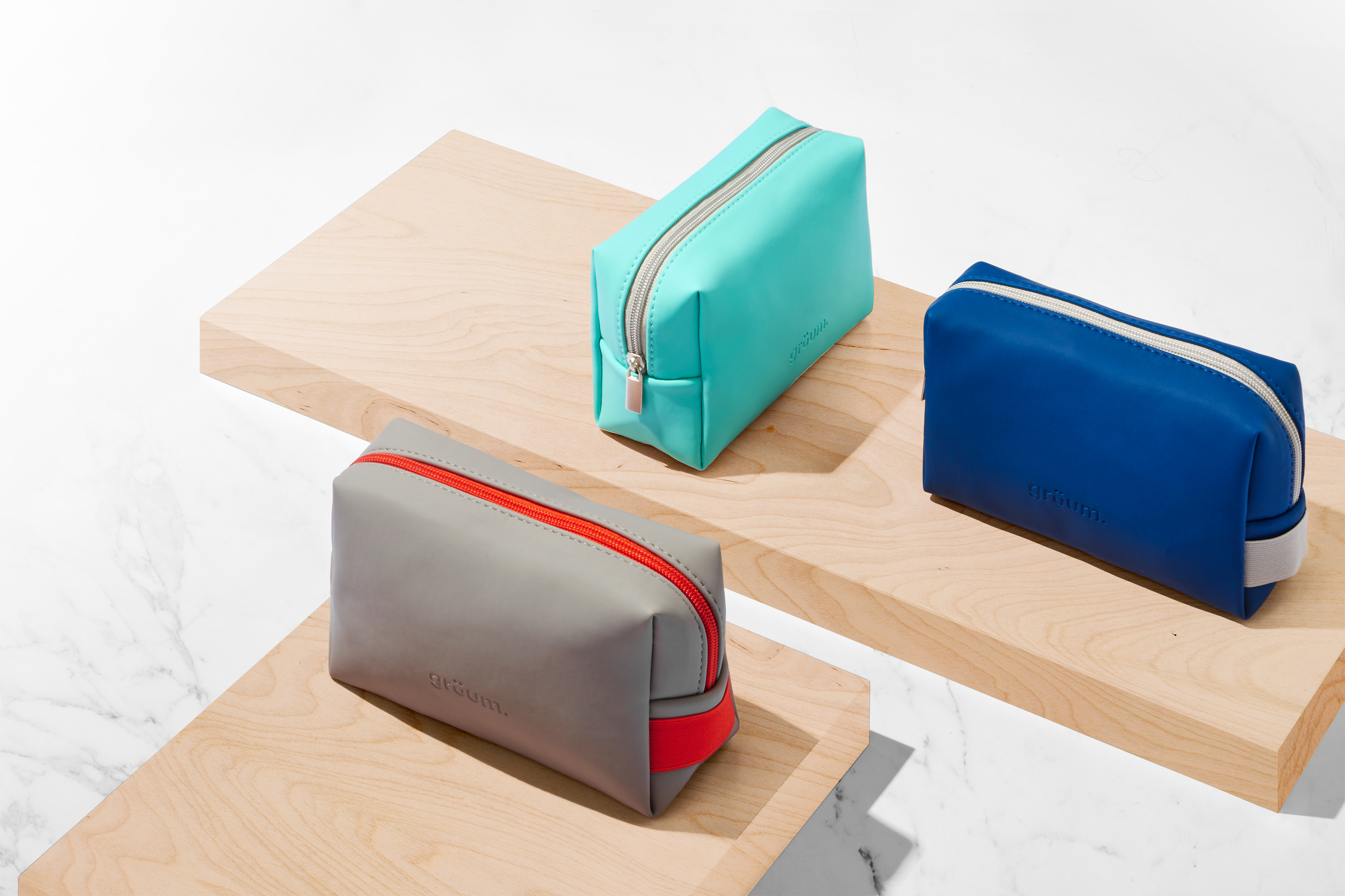 Manchester skincare and haircare brand grüum launches range of wash bags made from ocean-bound plastic