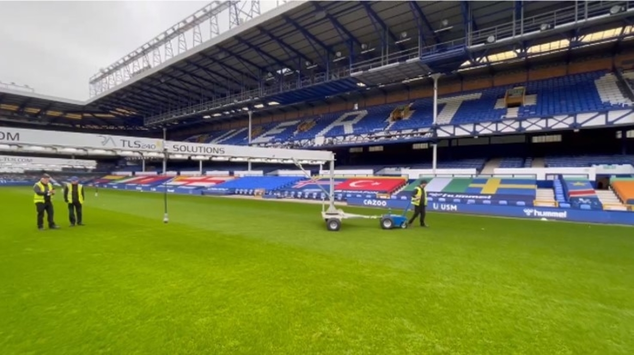Multi Mover UK Delivers First L25T Models to Everton Football Club