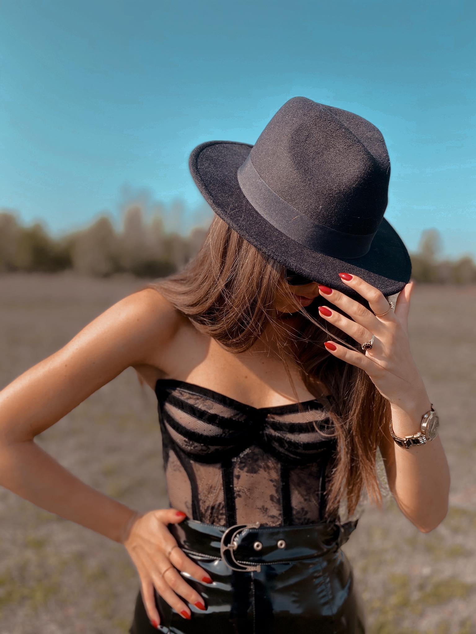Luxury designer brand ANNA MORGUN leaves native fashion