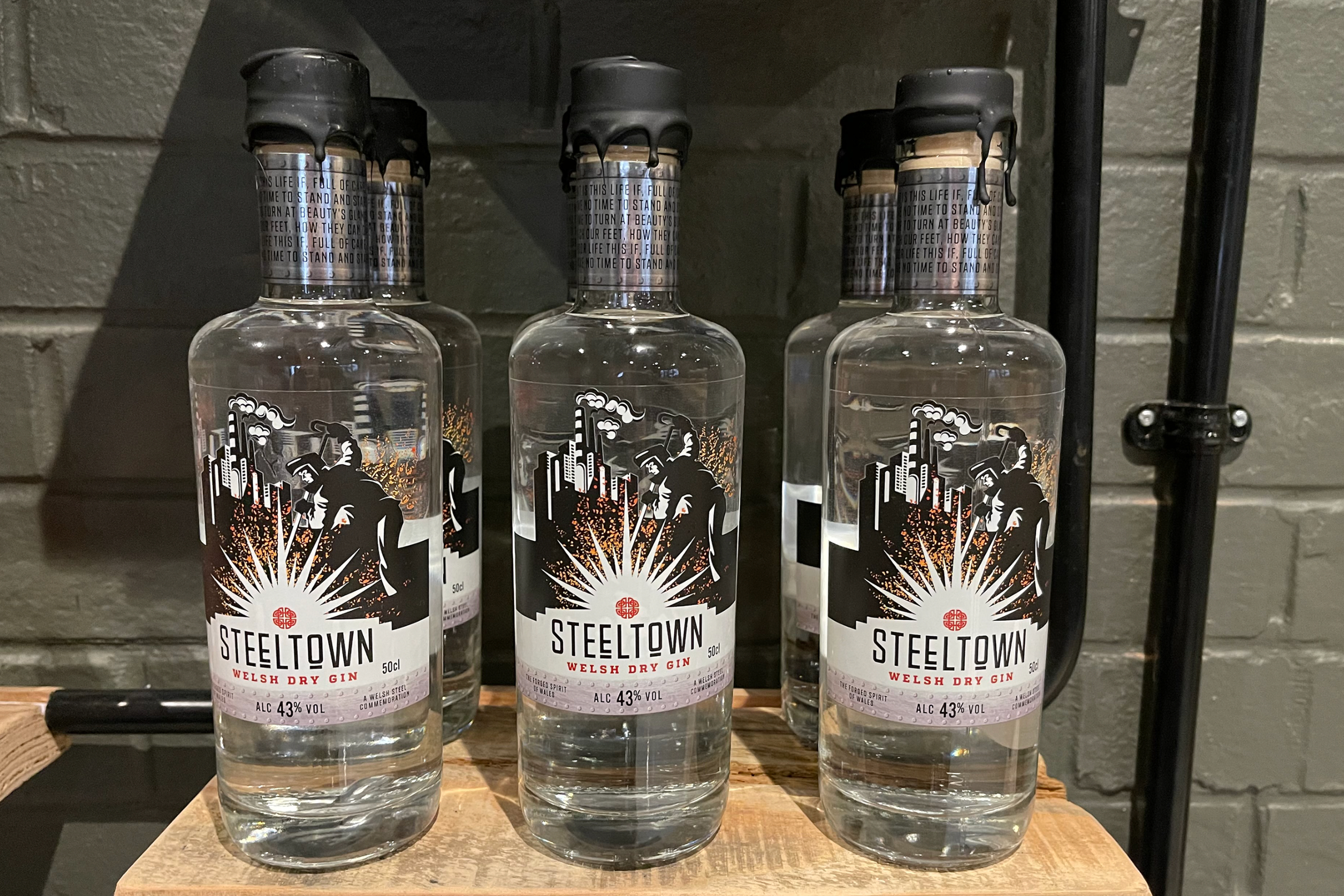 Introducing Steeltown Welsh Dry Gin with 13 delicate botanicals. Inspired by Miner's Fortnight in South Wales.