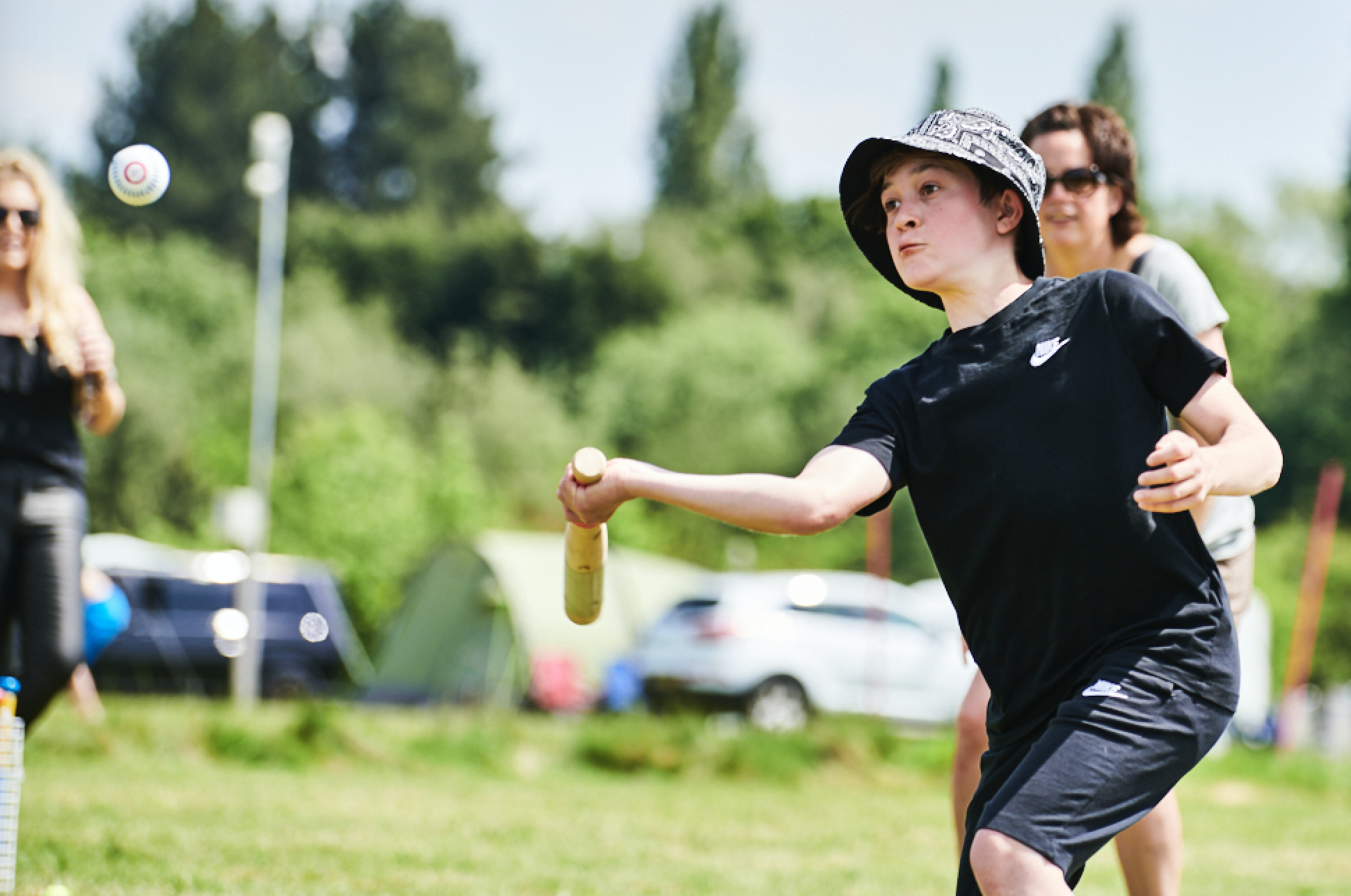 Rounders Search for Lockdown Heroes and launches 'Pass the Bat'