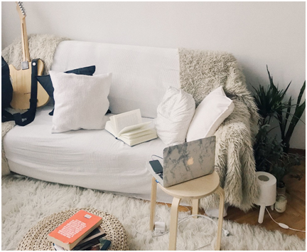 CREATING A COZY ATMOSPHERE IN YOUR HOME WITH LUCKY FURNITURE