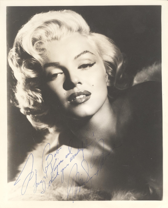 Photo Signed by Marilyn Monroe is in One of a Kind Collectibles' December 17 Auction