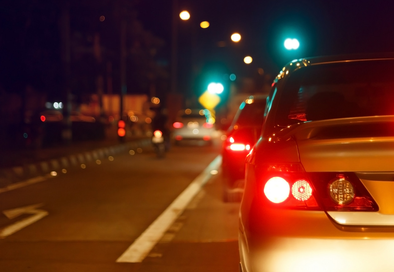 As clocks go back, Swansway Group offers advice for driving safely in the dark