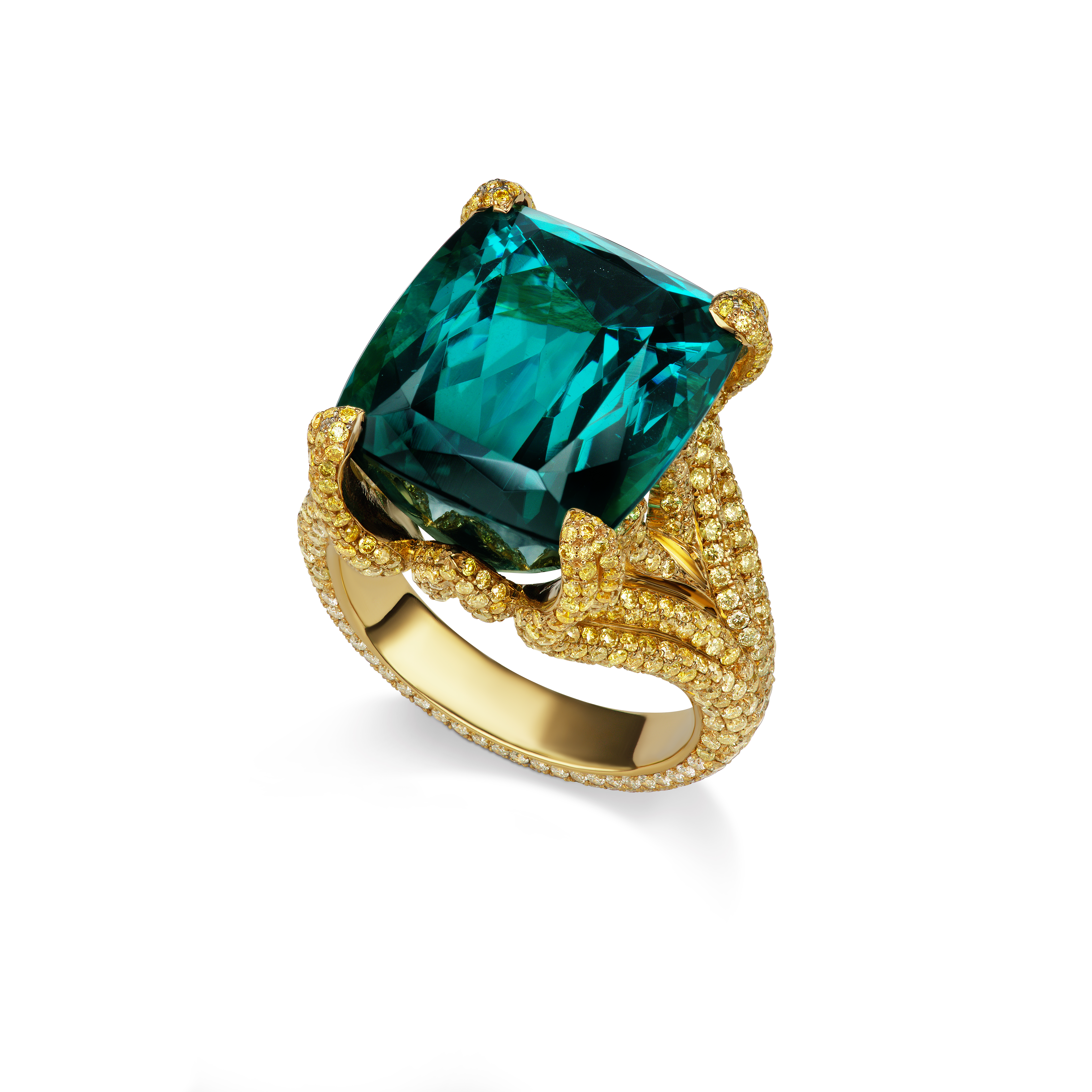 Alexia Connellan Celebrates Hibernian Culture, and Family, with Jewels